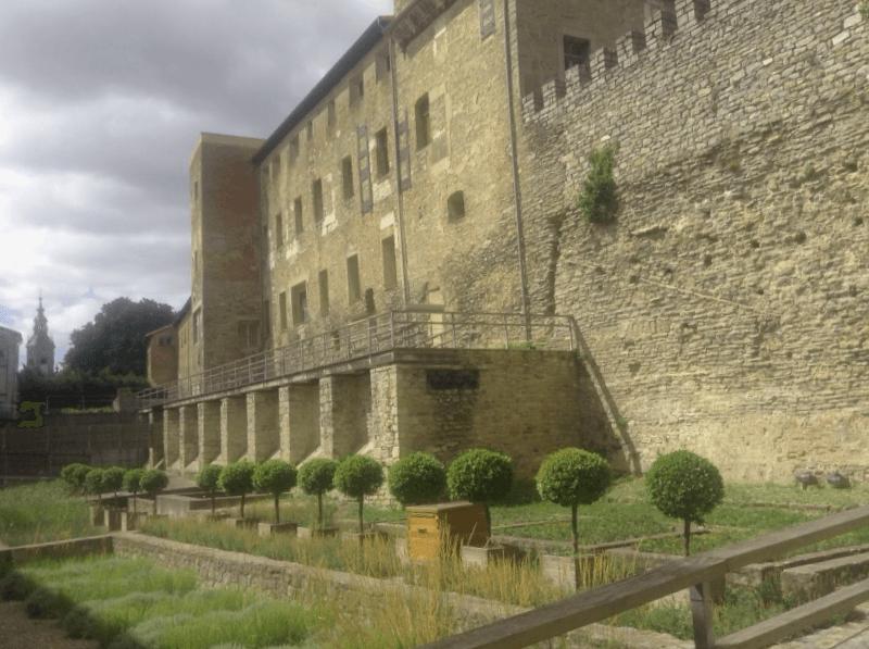 Conocer España y descubrir de Murallas medievales de Vitoria