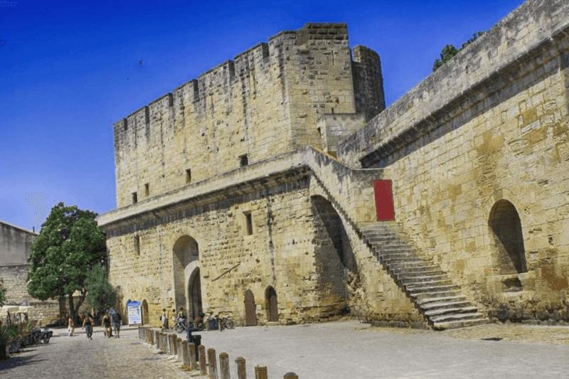 Ver Francia y maravillarse de Muralllas de Aigues Mortes