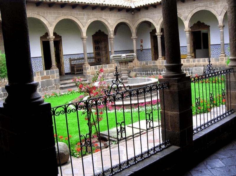 Ver Peru y descubrir de Palacio Arzobispal