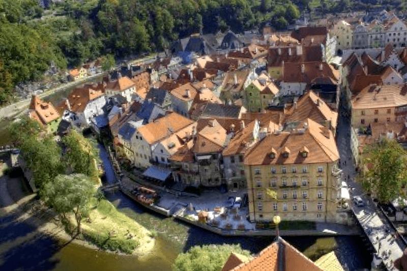 Panoramica del casco antiguo Cesky Krumlov que debemos ver