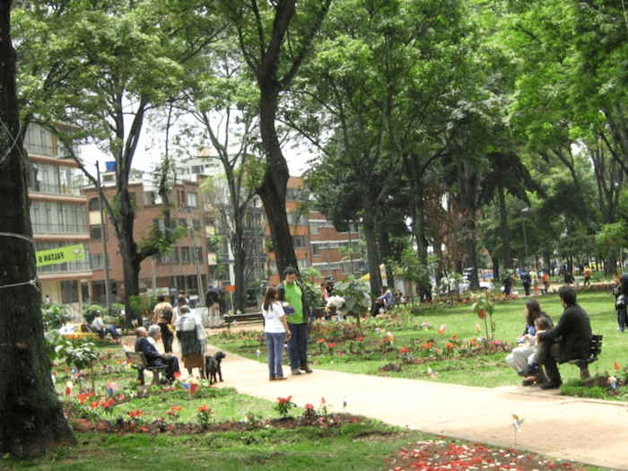 Visitar Colombia y maravillarse de Park Way