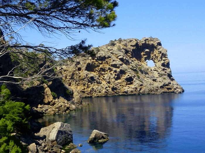 Peninsula de Sa Foradada que ver