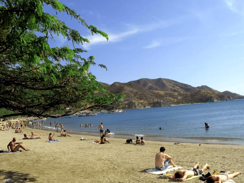 Conocer Colombia y maravillarse de Playa Piscinita
