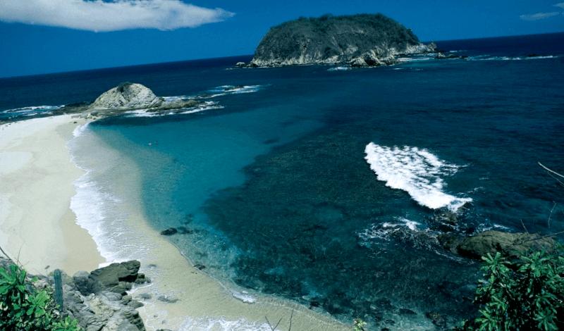 Visitar Mexico y maravillarse de Playa de Cacaluta