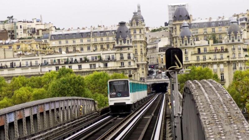 Conocer Francia y descubrir de Puente Birk-Hakeim