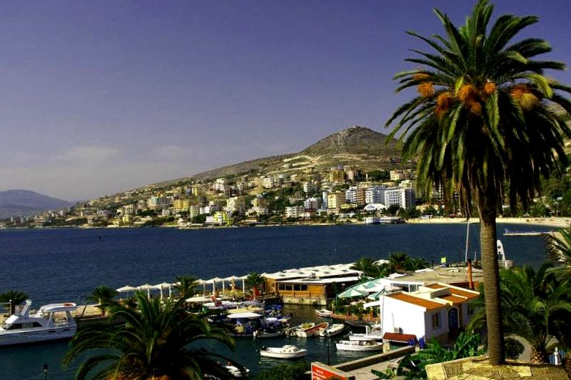 Ver Albania y descubrir de Saranda