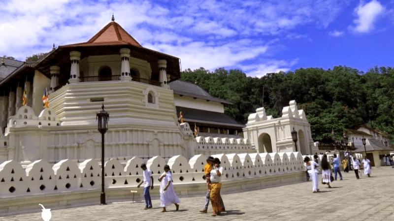 Ver Sri lanka y descubrir de Templo del diente de Buda