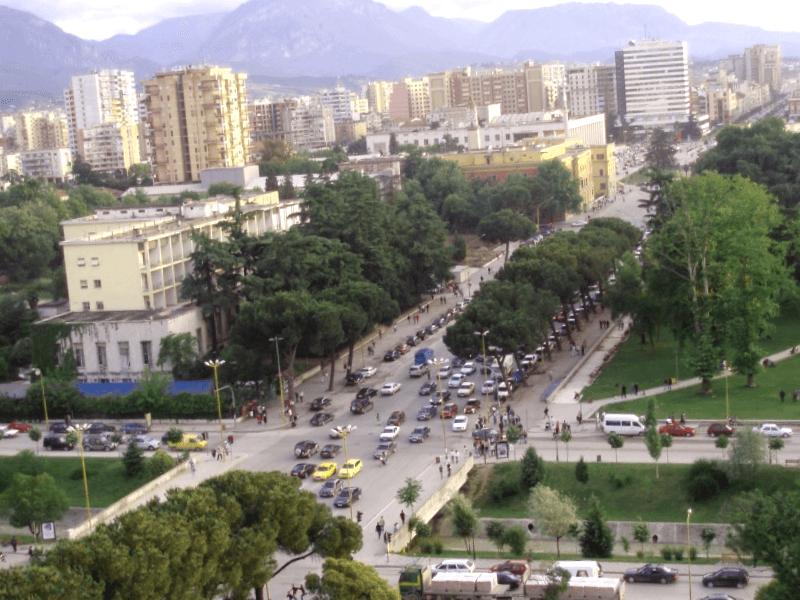 Conocer Tirana