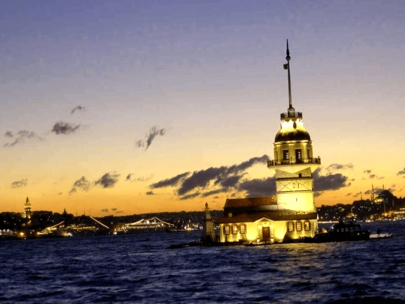 Conocer Turquia y descubrir de Torre de la Doncella