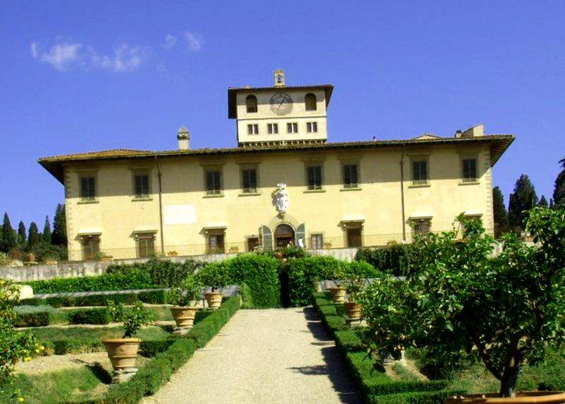 Visitar Italia y maravillarse de Villa La Petraia