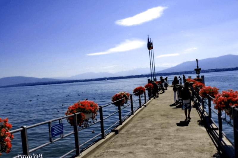 Visitar Suiza y descubrir de Vista del lago Leman en Coopet