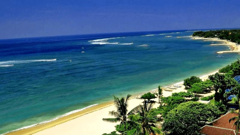 Ver Indonesia y maravillarse de la playa de Kuta